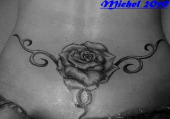 Tattoo Dos Femme