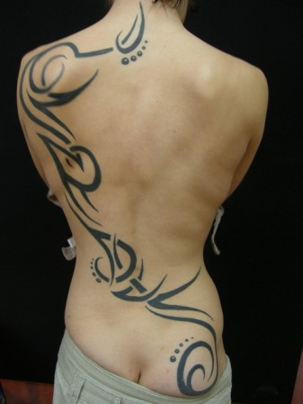 Tattoo dos femme - Tatouage dans le dos homme ...